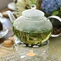 美味しい紅茶やハーブティーと一緒に召し上がっていただきます。