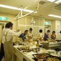企業様よりご依頼の料理教室を開催(30名)