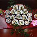 皆で巻いたデコ巻き寿司を並べてみました!