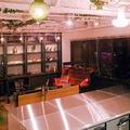 スカイツリーが一望できる隅田川沿いのスタジオです。