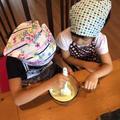 子ども同士で協力しながらお料理します