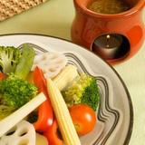 バーニャカウダソースと季節の野菜