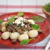 米粉と豆腐のニョッキ 牛肉と栗のラグーソース