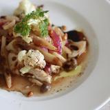 鶏ムネ肉と秋野菜のカルピオーネ