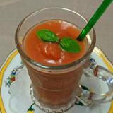 冷たいトマトスープ スムージー仕立て