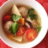肉団子の彩りスープ