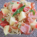 桃とプチトマトの冷製パスタ