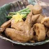 蓮根と鶏手羽の炊合せ
