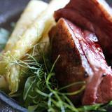 鴨ロースト、アスパラガスのからすみバター焼き