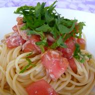 ほんのり梅風味トマトとツナの冷たいパスタ