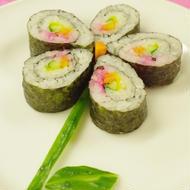 朝飯前で可愛く出来る!お花のラブリー♡巻寿司。