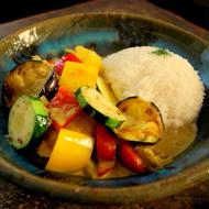カラフル野菜ゴロゴロ ♪ タイ風サバカレー