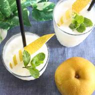 梨とヨーグルトのスムージー