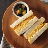 大阪名物~厚焼き卵サンド