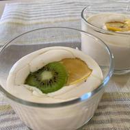 キュウイフルーツとレモンのミルフィーユムース