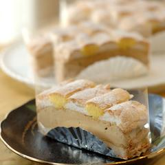 カルディナール シュニッテンはウイーンのお菓子。
