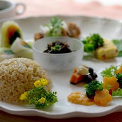 食べた物が未来のあなたをつくるから、健康は食卓から