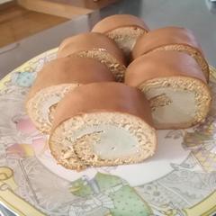 ほうじ茶&きな粉のロールケーキ