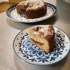 紅茶と莓&マンゴーの焼き菓子