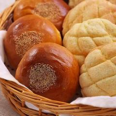 初級パン⑤メロンパン