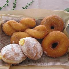 イーストドーナッツ、マラサダ