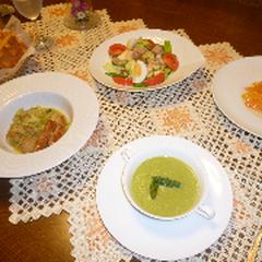 キャベツのカレー風味煮込みと、アスパラガスのポタージュ!