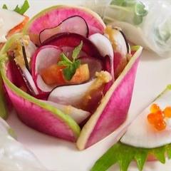 テーマ食材「大根」6種類の大根を使ったお花のサラダ♪