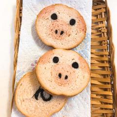 こぶたのデコ食パン♪