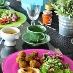 中東料理。豆がベースでベジタリアン
