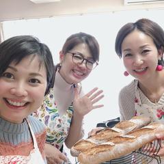 美味しそうなフランスパン焼けました〜!!