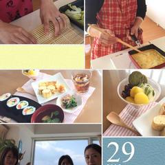 一番だしの、取り方、巻寿司など、和食の基本を学びます。