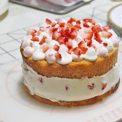 苺のクリームケーキ