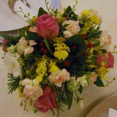 レギュラーレッスンにて生徒さんがアレンジしたお花です。