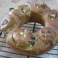 今回はコロコロさつまいものパンを・・