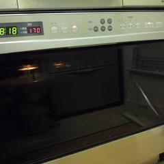 ガスオーブンで焼成します!