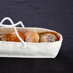 まるパンはパンバッグに入れてお持ち帰り♪