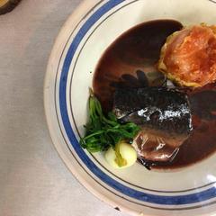 鯖のマトロート お魚の赤ワイン煮込みです。
