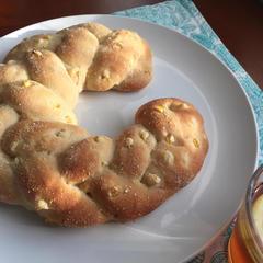 フレッシュとうもろこしの三つ編みパン