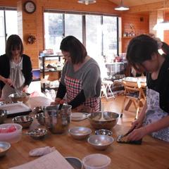 今日は、ケーキ作りです。