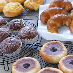 50種類以上の中から作りたいパンを選んでレッスン!