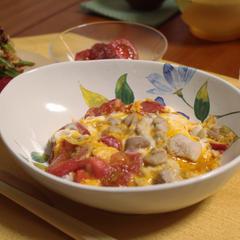 6月のトマト御膳。トマト親子丼が大好評☆