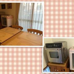 教室は、手作りのパイン材家具に囲まれています