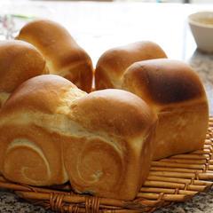 基礎クラス6回目には、食パンを焼きます!