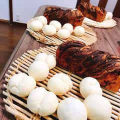 自作のチョコシートで作るマーブルブレッドともっちり白パン