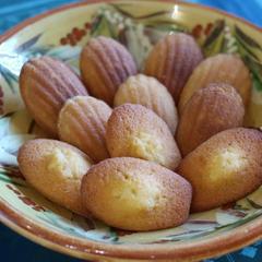 フランス菓子初級クラス 『マドレーヌコメルシー』