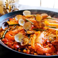 オーブン不要!フライパンで作れる魚介パエリア