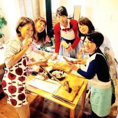 4~6名様の少人数で、一部実習型のお料理教室です。