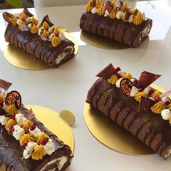 ハロウィン生チョコロールケーキ