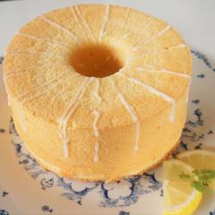レモンのシフォンケーキも一緒に作りました(^^♪