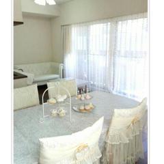 レッスンルームはホワイトを基調とし、清潔感を心掛けています。